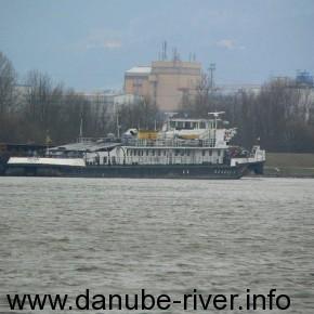 речной буксир- толкач Пермь, удп, Измаил, Река Дунай