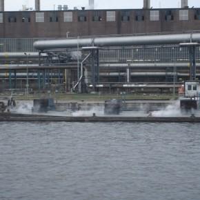 Бассейн порта Линц на 2127,2 км левого берега