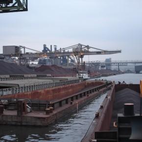 Бассейн порта Линц на 2127,2 км