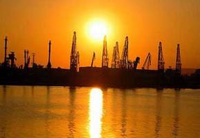 Порт Лом
