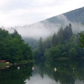 Озеро в горах Румынии, Совата