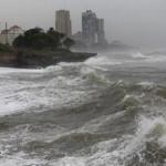 В результате шторма Одессу частично затопило, а в порту сорван плавучий ремонтный док
