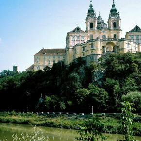 Вена Австрия на реке Дунай