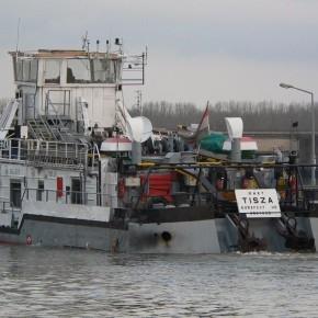 Венгерский флот, Махарт, MAHART, буксир, толкач, самоходная баржа, TISZA