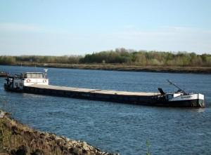 EUROSHIP -1 самоходная баржа на реке дунай