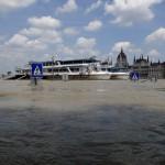 Дунайская вода наступает в Будапешт